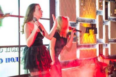 08.03.15 Karaoke Women's Night (Вильямса)
